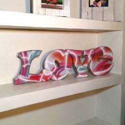 """Rótulo en Relieve """"Love..."""